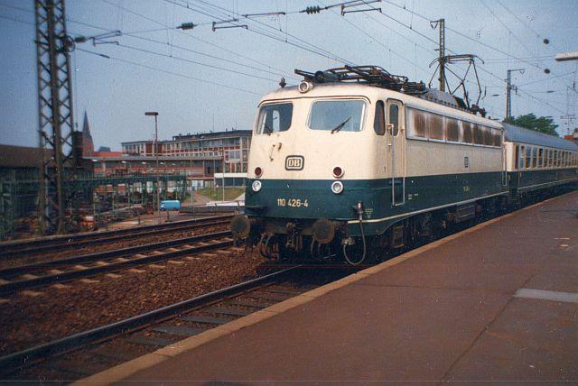 Die E-Lok Baureihe 110 / E10 der DB 110_4210