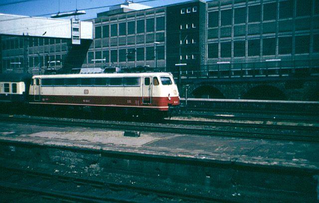 Die E-Lok Baureihe 110 / E10 der DB 112_4910