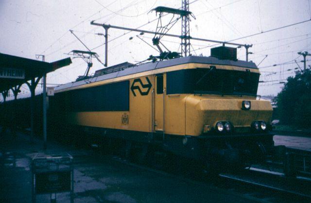 Die Baureihe 16 der Niederländischen Staatsbahn 1632_n10