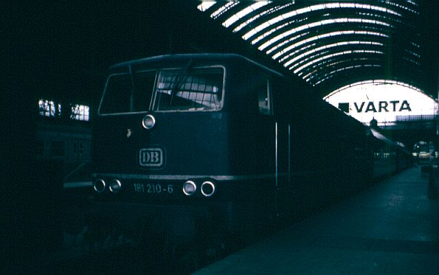 Die Baureihe 181 - die ZWEI - Systemlok 181_2110