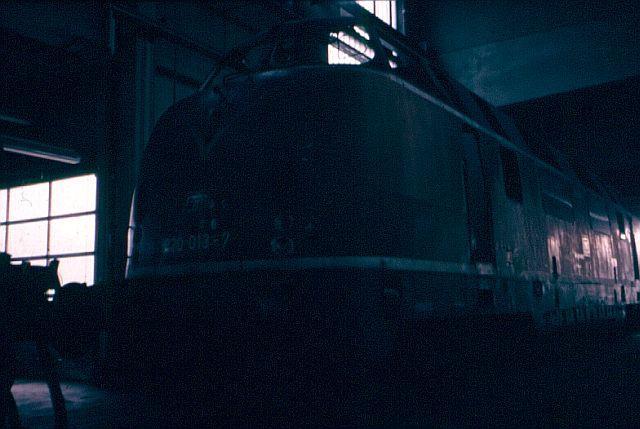 Die Baureihe 220 / V200 der DB - der Klassiker 220_0111