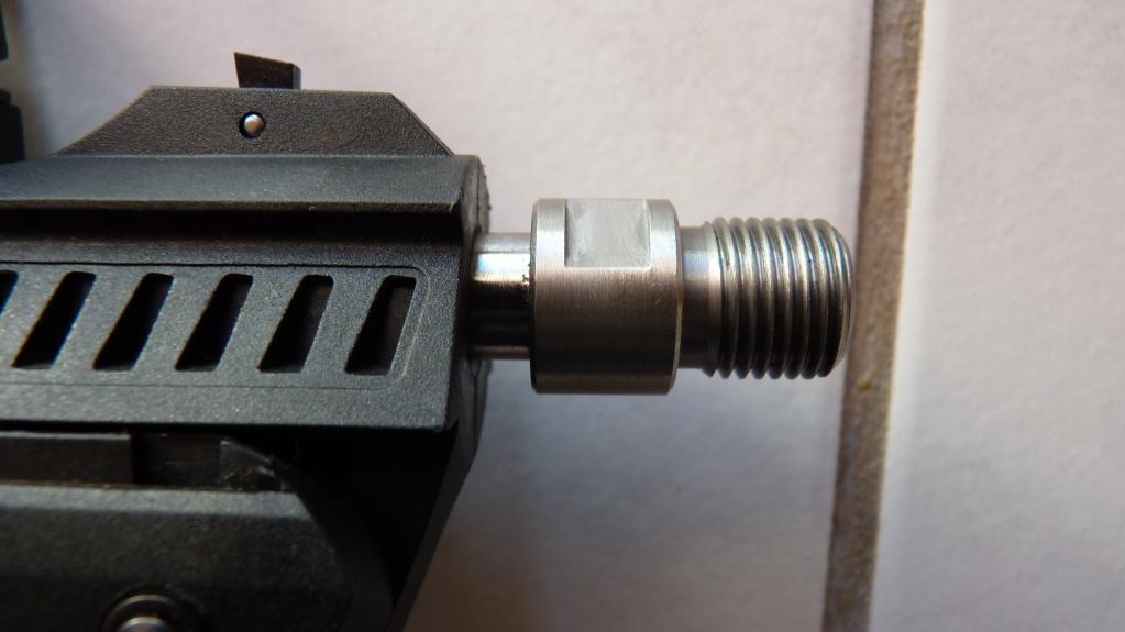 Zoraki HP-01 Light avec silencieux weihrauch et Test adaptateurs Arprotech et SKM  P1100511