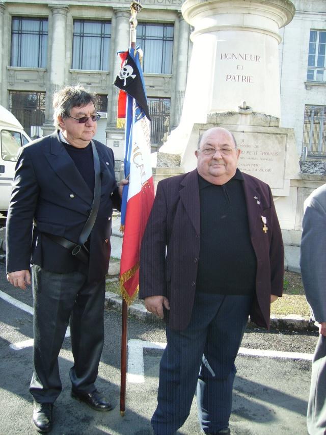 Commemoration 8 novembre 2009 à SAUMUR Assemb10