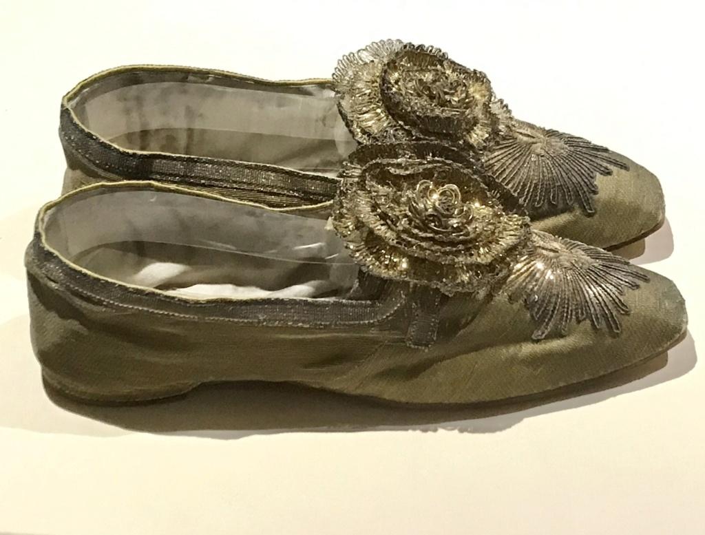 MAD : Expo Marche et démarche, une histoire de la chaussure 080fec10
