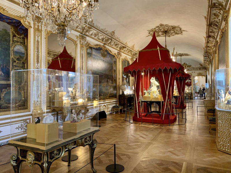 Fabrique de l'Extravagance, château de Chantilly, exposition B4912410