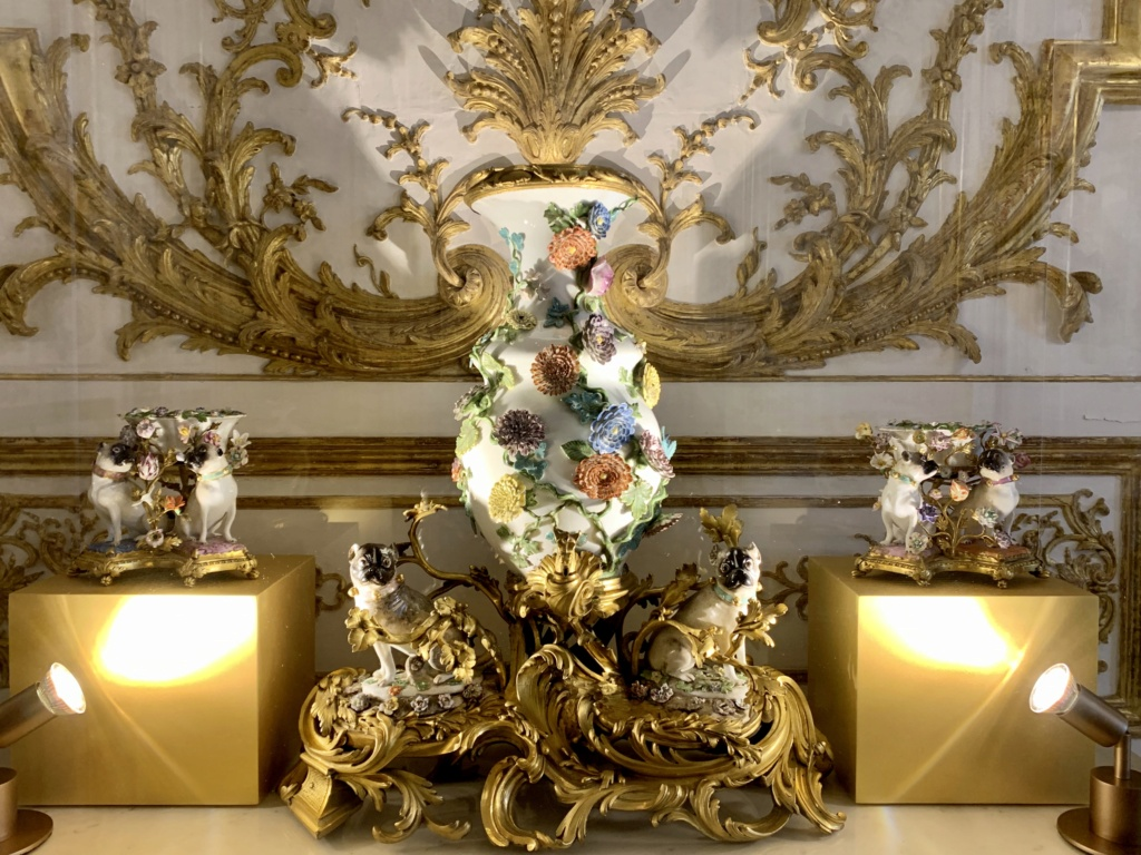 Fabrique de l'Extravagance, château de Chantilly, exposition Eca2be10