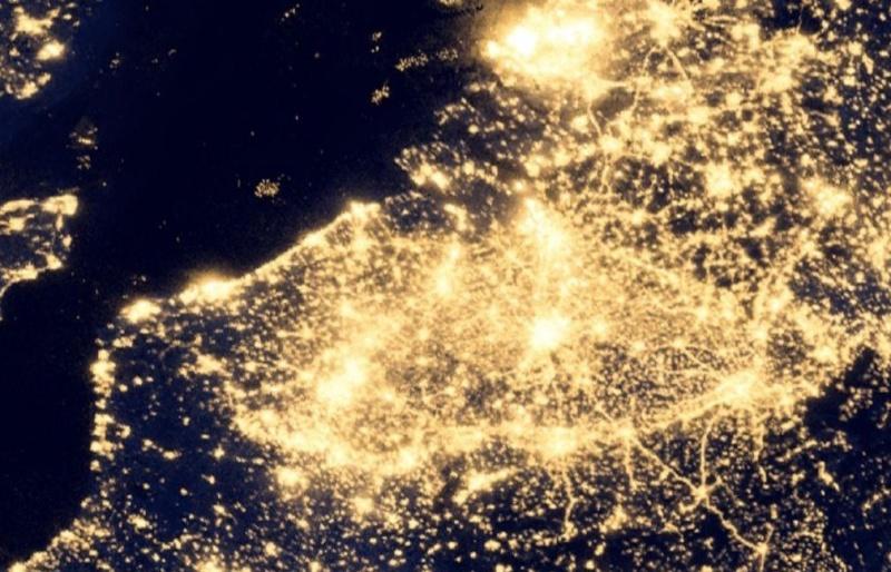 Avec Earth Night vous comprenez pourquoi les Belges sont nyctalopes ! Belgiq10