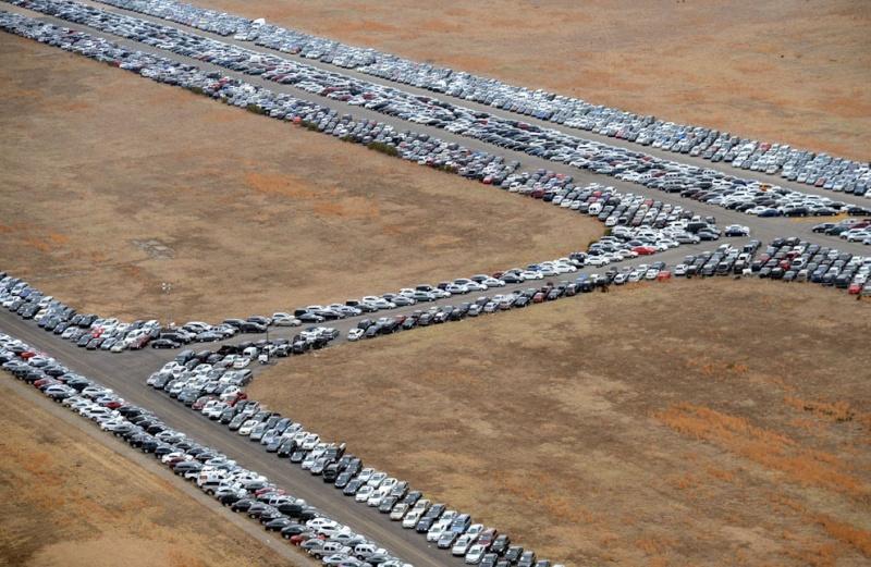 """Où sont les 230 000 voitures endommagées par l'ouragan """"Sandy"""" ? Calver12"""