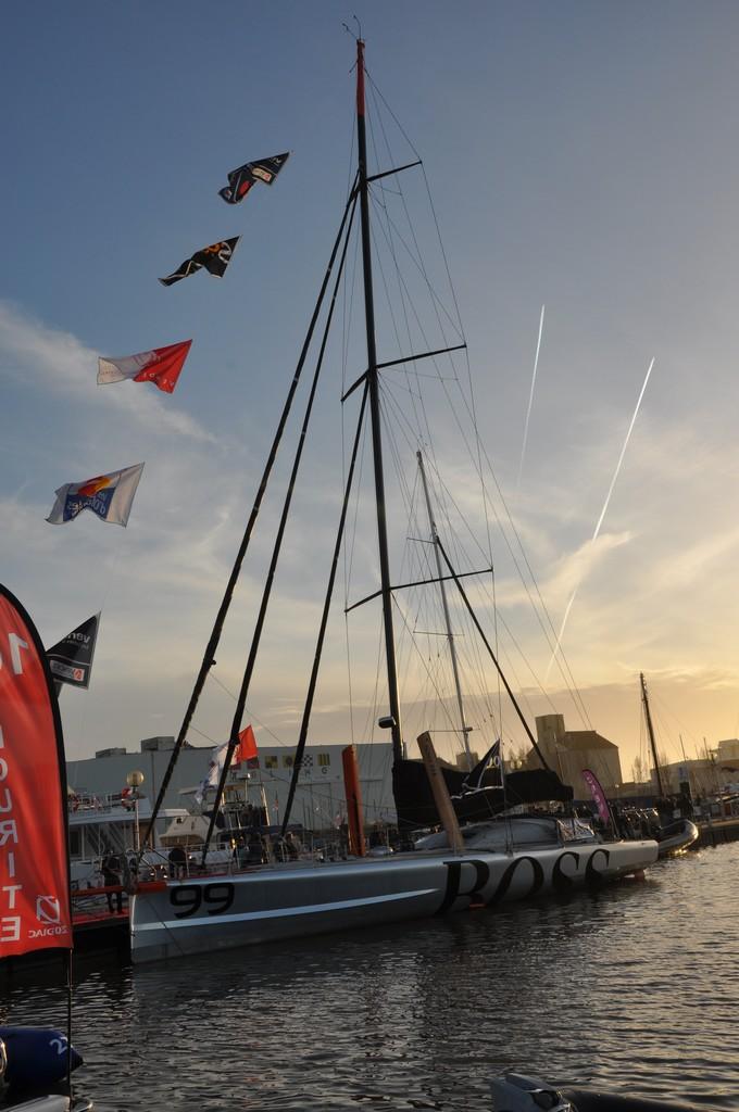 Vendée globe 2012 2013 : les bateaux - Page 4 Dsc_1010