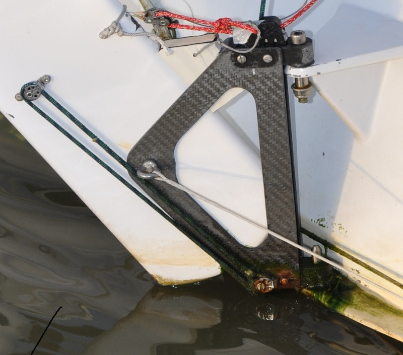 Vendée globe 2012 2013 : les bateaux - Page 5 Macifh10