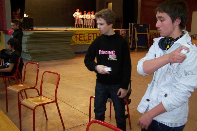 Le club Jeux Vidéo de PINON au Téléthon le 4 & 5 décembre 2009 610