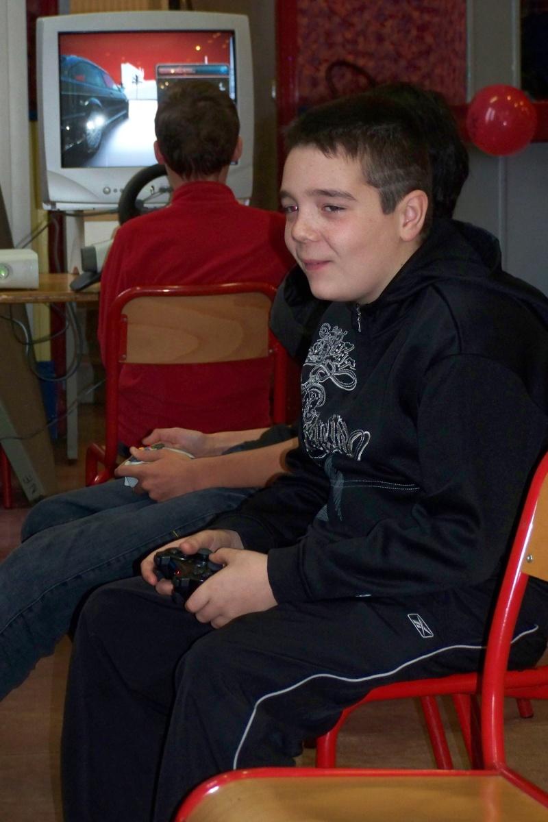 Le club Jeux Vidéo de PINON au Téléthon le 4 & 5 décembre 2009 910