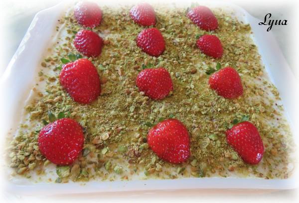 Gâteau aux fraises sans cuisson Gzetea19