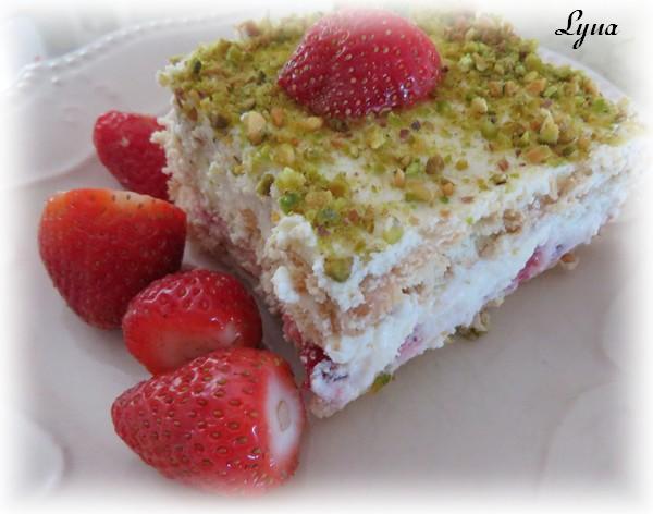 Gâteau aux fraises sans cuisson Gzetea20