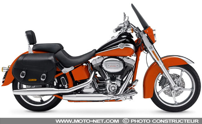 CVO Softail Convertible......... - Page 2 2010-c10