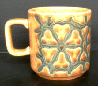 white - Show us your mugs .... Crown Lynn of course ;) - Page 8 Anothe10