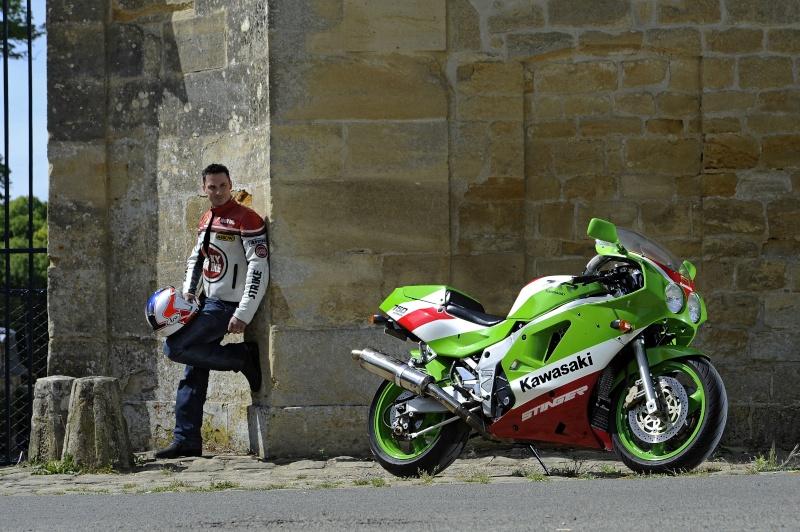 Mon H2 vert/blc/rouge !!! - Page 2 6105_j11