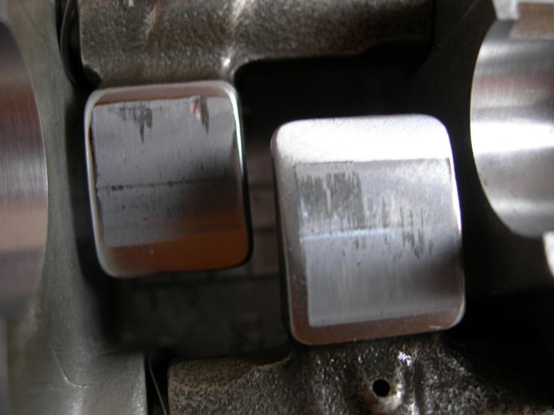 Revisione gommini guidavalvole e smerigliatura sedi Dscn7012