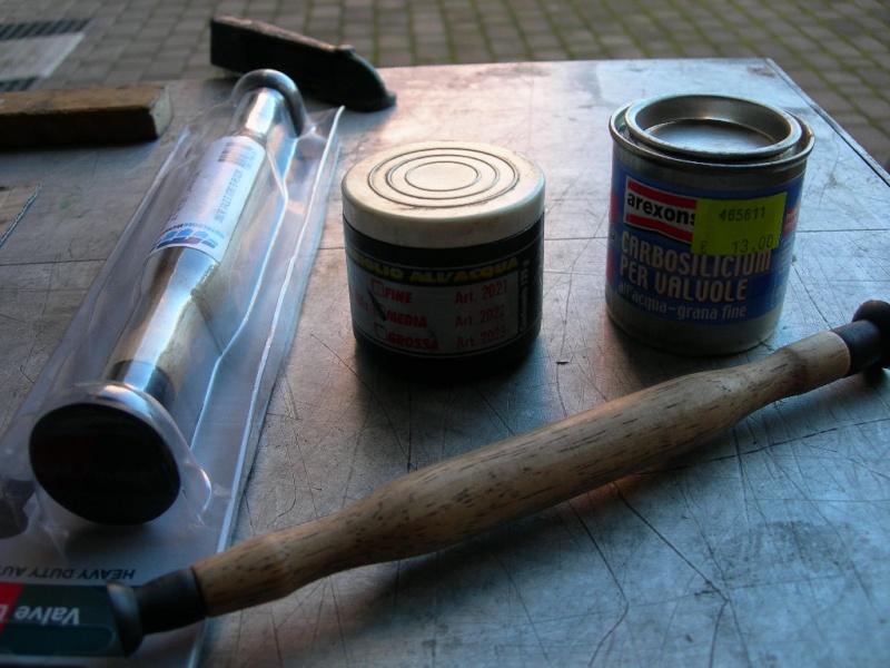 Revisione gommini guidavalvole e smerigliatura sedi Dscn7123