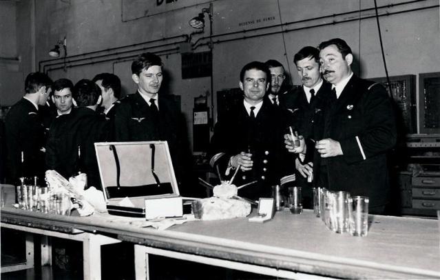[Les traditions dans la Marine] LES POTS DE DÉBARQUEMENTS Sme_to10