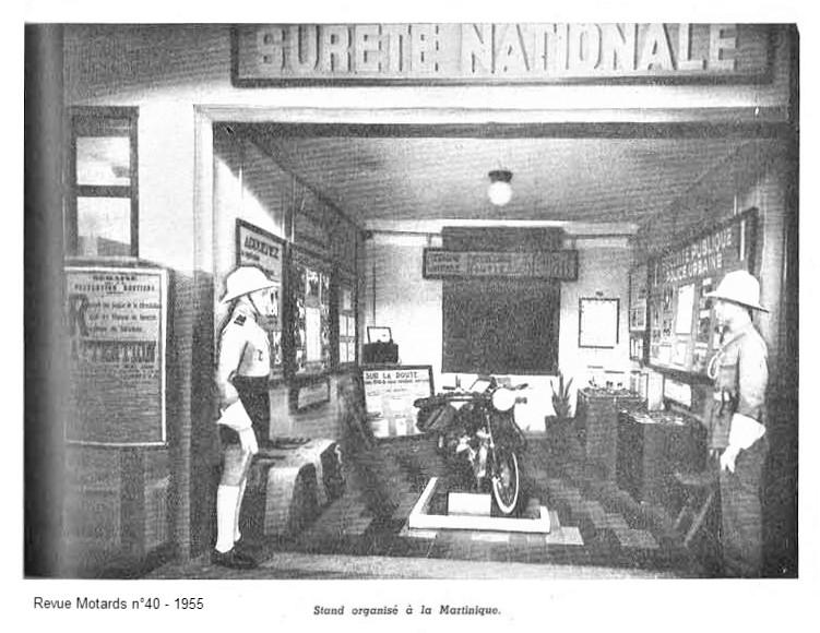 Casque en liège de la Police Parisienne - Page 3 1955-n10