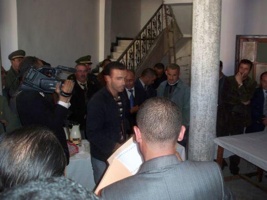 بلدية لرجام توزع 12 محل تجاري لفائدة  الشباب البطال . Resize41
