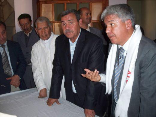 بلدية لرجام توزع 12 محل تجاري لفائدة  الشباب البطال . Resize48