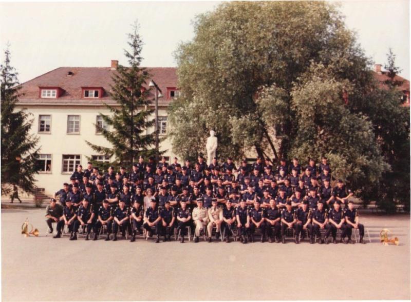 photo des cadres du 24 eme Groupe de Chasseurs à Tubingen 19 30876410