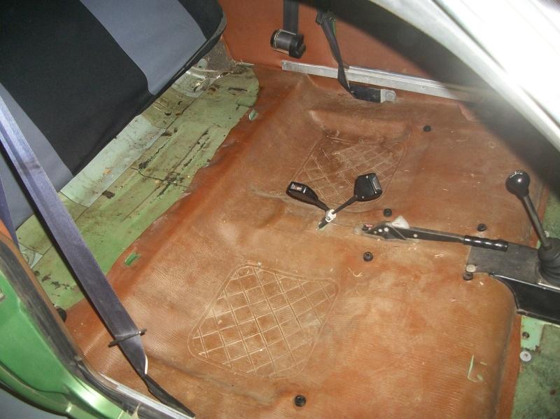 L'histoire d'une R15 Caméléon devenue projet de Badinguet 100_5052