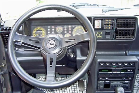 Lancia Prisma 4WD - Pagina 2 Volant10