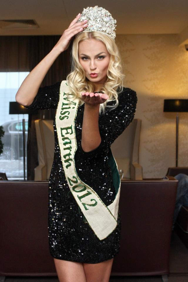 Tereza Fajksová - Tereza Fajksova- Miss Earth 2012 Official Thread (Czech Republic) - Page 3 9147_410