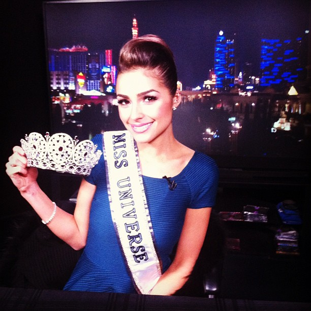♔ Official Thread of MISS UNIVERSE® 2012- Olivia Culpo - USA ♔ - Page 2 Be93be10