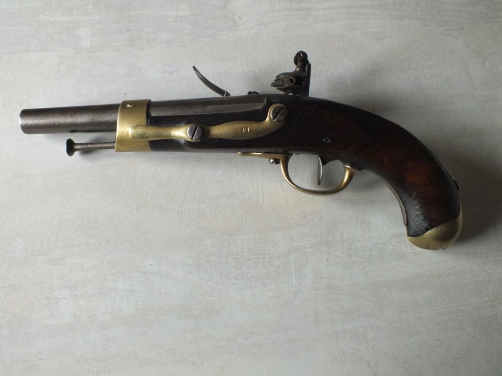 Pistolet de cavalerie AN XIII de 1807,manufacture impériale de Maubeuge Dscf2012