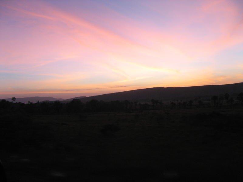 De ma Kia Lorette le ciel à 5h du matin à Caracas Img_3710