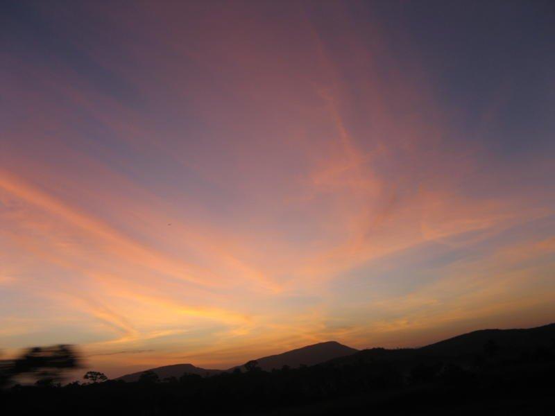 De ma Kia Lorette le ciel à 5h du matin à Caracas Img_3713