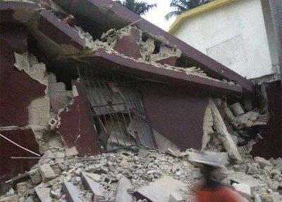 Prions pour les victimes du tremblement de terre en Haiti 00000412
