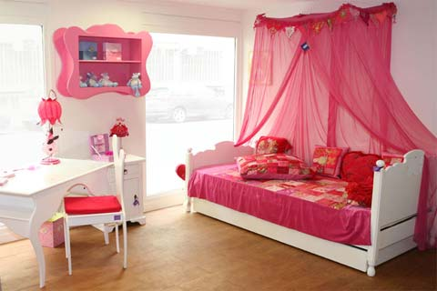 Chambre d'enfant romantique et douce !! 110