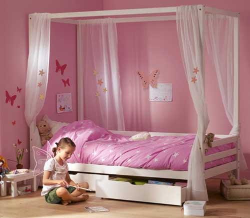 Chambre d'enfant romantique et douce !! Camift10