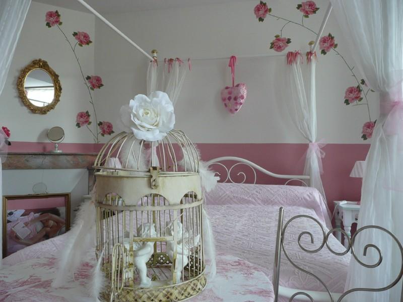 Chambre d'enfant romantique et douce !! Chambr12