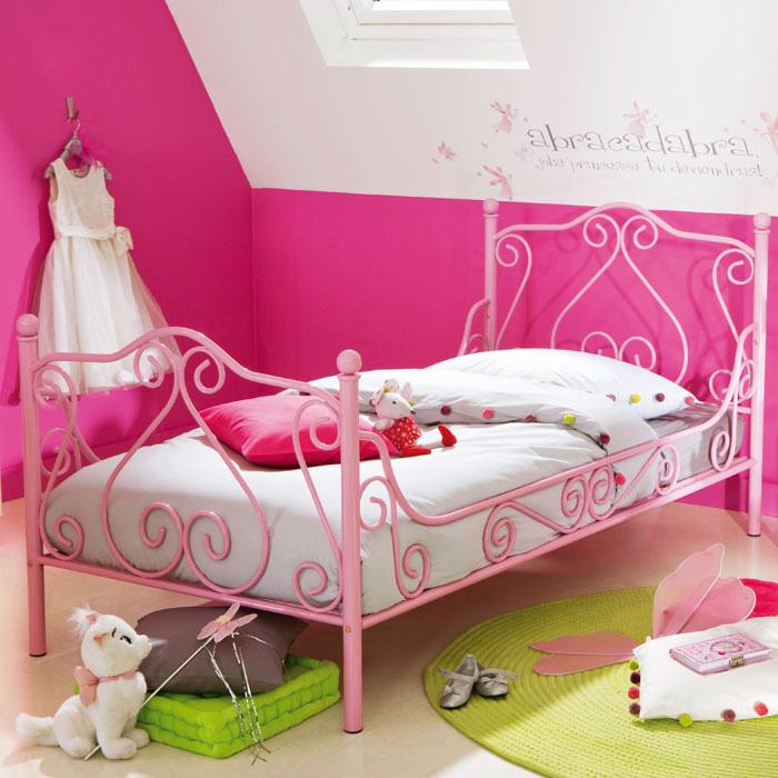Chambre d'enfant romantique et douce !! Fz664_10