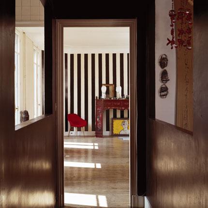 Des bandes verticales pour le salon Kg_33910