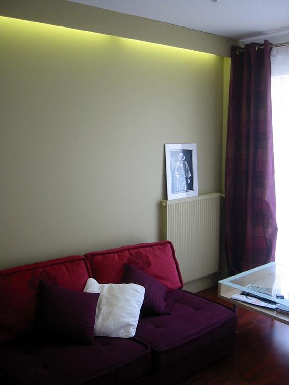 canap rouge et gris quel couleur le salon page 1. Black Bedroom Furniture Sets. Home Design Ideas