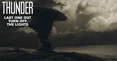 "Thunder  ""All The Right Noises"" – le 12 mars 2021 Aaa257"