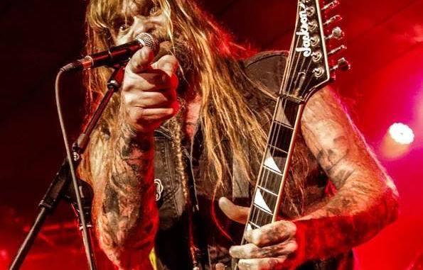 """Chris Holmes L'ancien guitariste de W.A.S.P.  a sorti une vidéo pour son nouveau single """"Devil Made Me Do It"""". Aaa458"""
