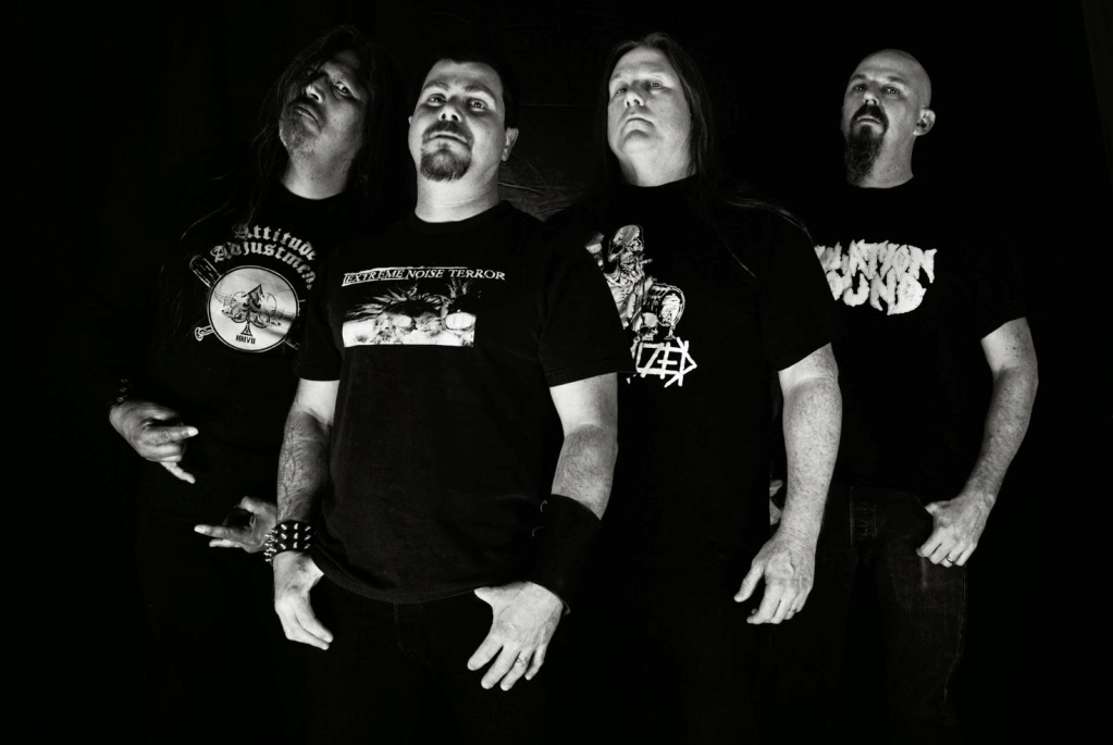 AUTOPSY sort son premier live officiel ... LIVE IN CHICAGO ! Aaa67