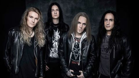 BODOM AFTER MIDNIGHT (ex-CHILDREN OF BODOM)Paint The Sky With Blood, le 23 avril 2021 Aab103