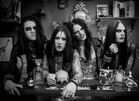"SISTER (Glam/Punk)  ""Vengeance Ignited ""  date de sortie ?  Band11"