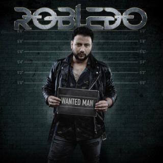 ames Robledo, chanteur de SINNER'S BLOOD premier album solo le 17 Septembre 2021  Breo4710