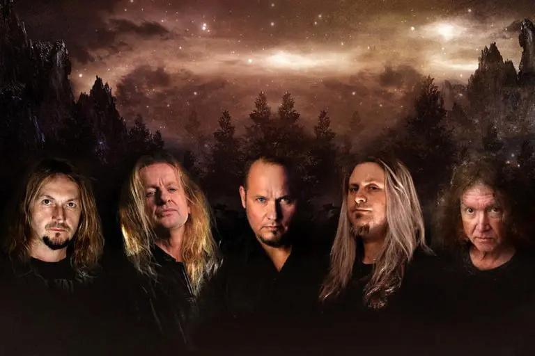 KK's Priest (avec K.K. Downing, Tim Owens et Les Binks, tous des ex-Judas Priest) annonce son premie.... Kks-pr10