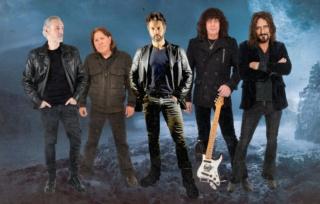 HEAVEN & EARTH (Hard Rock)  V, à paraître le 16 Juillet 2021 Omvul011
